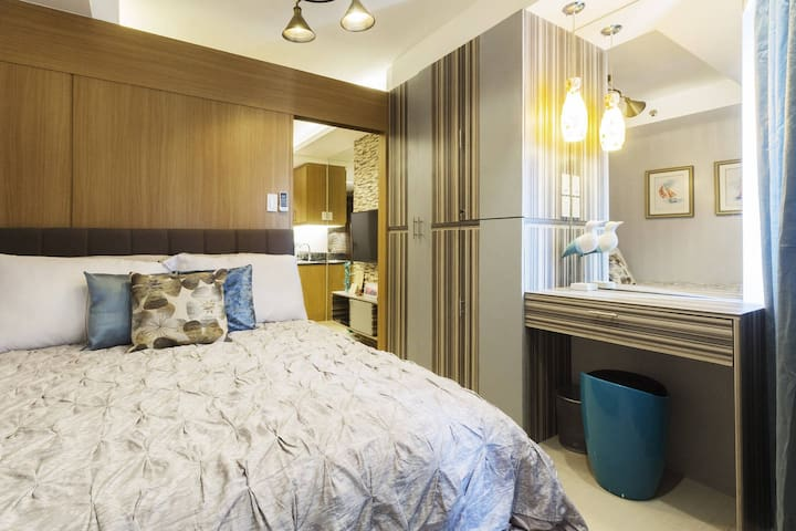 Shell Luxe Two - Stylish Unit @ Shell Residences