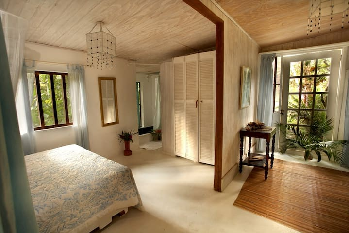 Balenbouche calabash cottage chambres d 39 h tes louer for Calabash cottage