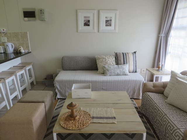 5 Gonubie Sands Apartments for Rent in East London Eastern Cape