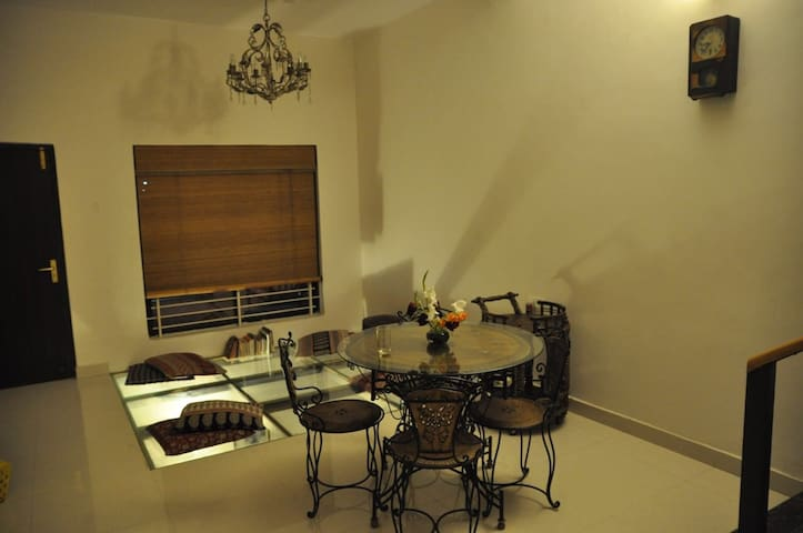 Room of an artist & an entrepreneur