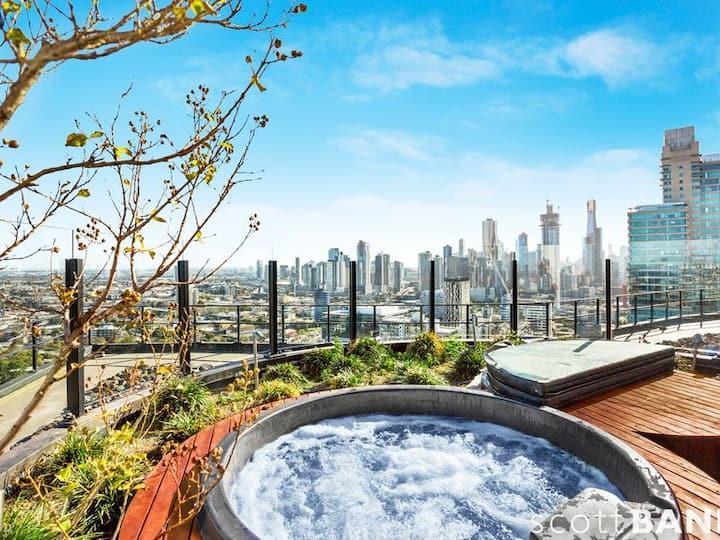Luxury Complex. Instaworthy Views. Top Location