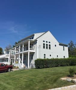 Lux 3BR+ home w/Views-Bonnet Shores, Narragansett - Narragansett