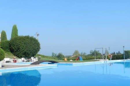 Accogliente trilocale con piscina - Boschetti - Apartmen