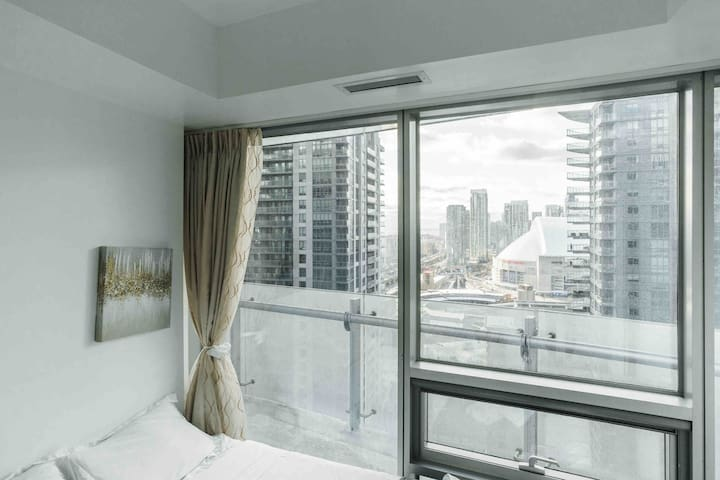 Luxury Condo Private Room+Magic View By CN Tower-1