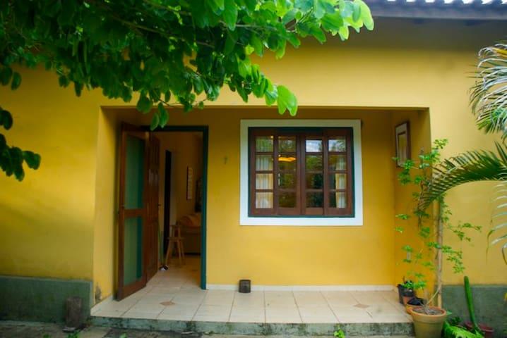 Casa Amarela _ Sítio Jequitibá - Analândia