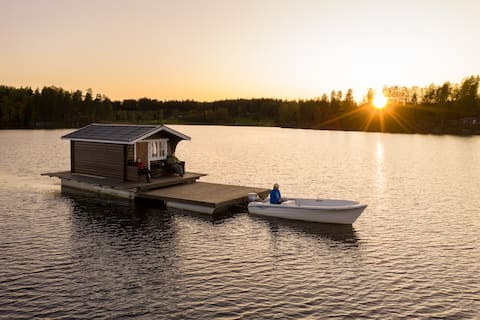 Explore Swedish Nature in our floating cottage #4