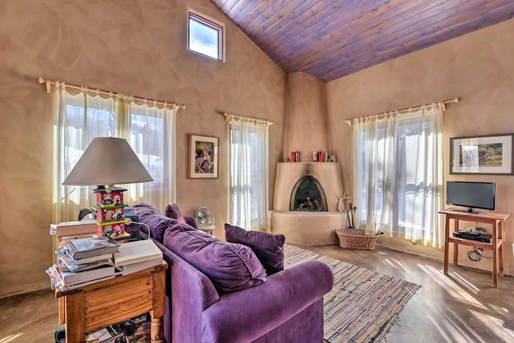 NEW! Eclectic Cabin w/ Kiva, 11 Mi to Taos Ski!