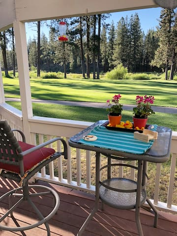 Enjoy cocktails or tea on the deck overlooking the golf course, or walk across the fairway to the Feather River