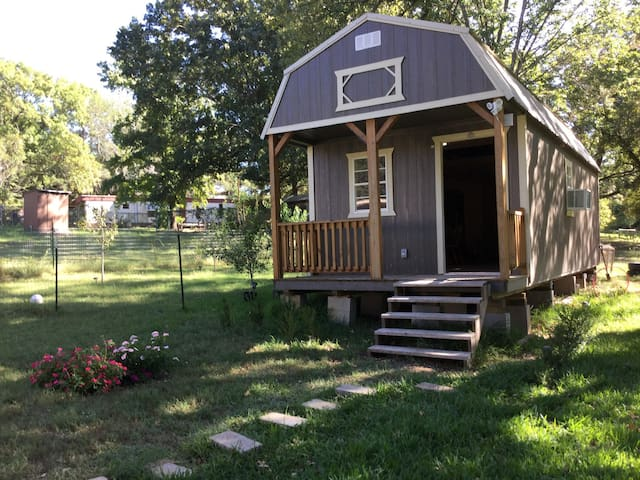 Lake Texoma Tiny House & Cabin