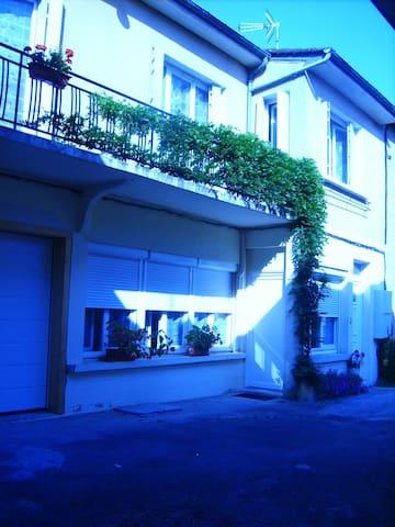 GITES DU CERF - Belvès - Appartement