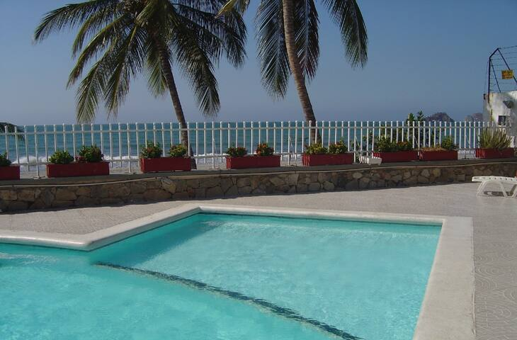 Apto in front of the beach & private pool - Rodadero - Apartment