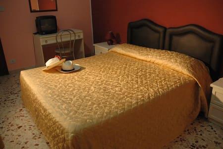 Bed and Breakfast Delle Palme - Trapani