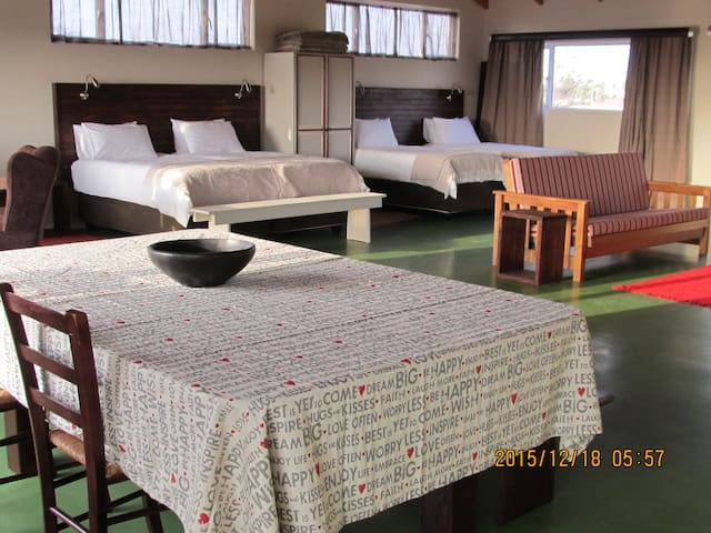Spacious Loft Apartment - Swakopmund - Apartment