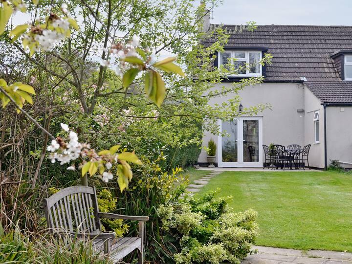 Brenham Cottage (W41515)