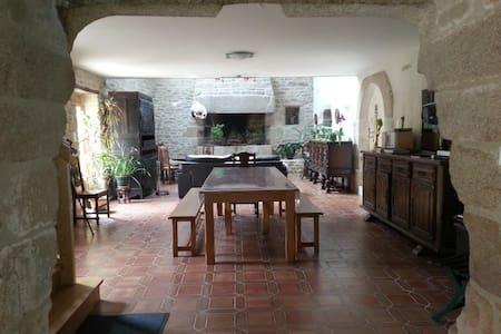 Beautiful 4* Breton stone house, 174 m² - Plobannalec-Lesconil - House
