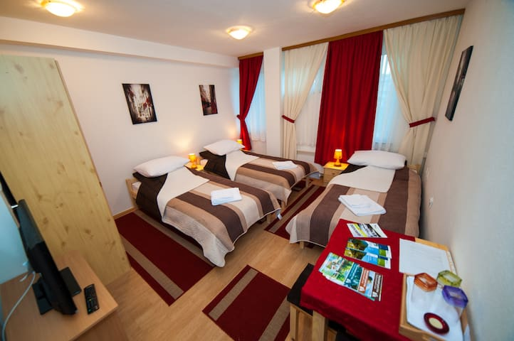 Accommodation in the heart of Bihać - Bihać - Apartment
