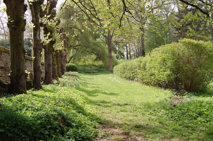 Maisonnette Au Jardin du Château à Chevreuse