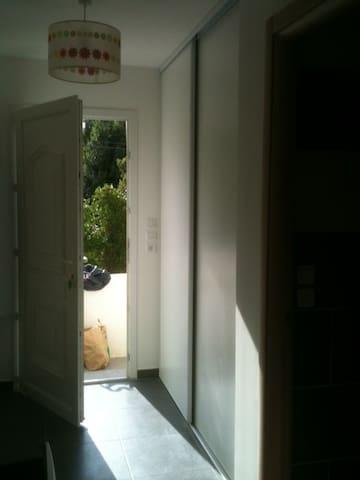 Studio meublé à Sisco (Corse) - Sisco - Appartement