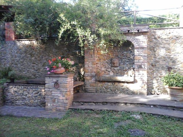 Nella terra degli Etruschi 2 - Ponteginori - Casa adossada