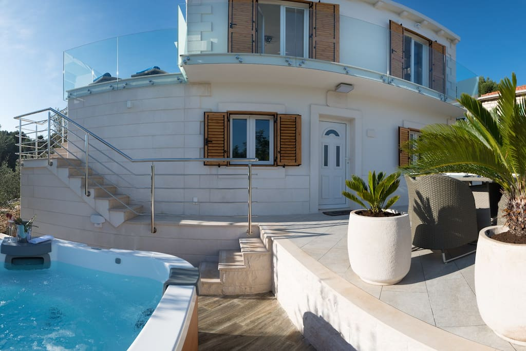 Front of the beautiful Villa - for the lucky ones out there...