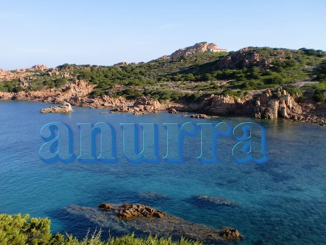 Sardinia:little villa breath-taking panorama - Isola Rossa - Villa