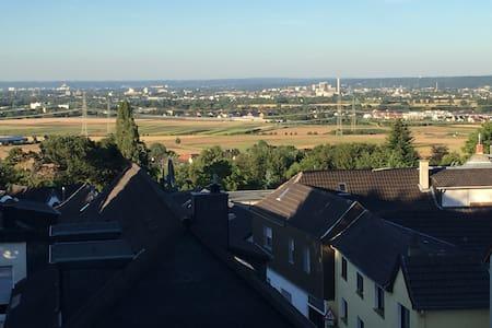Charmantes Haus mit Blick über Bonn - Ev