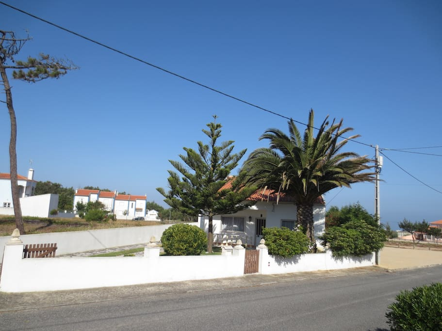 Street Scape showing home with ocean in the background