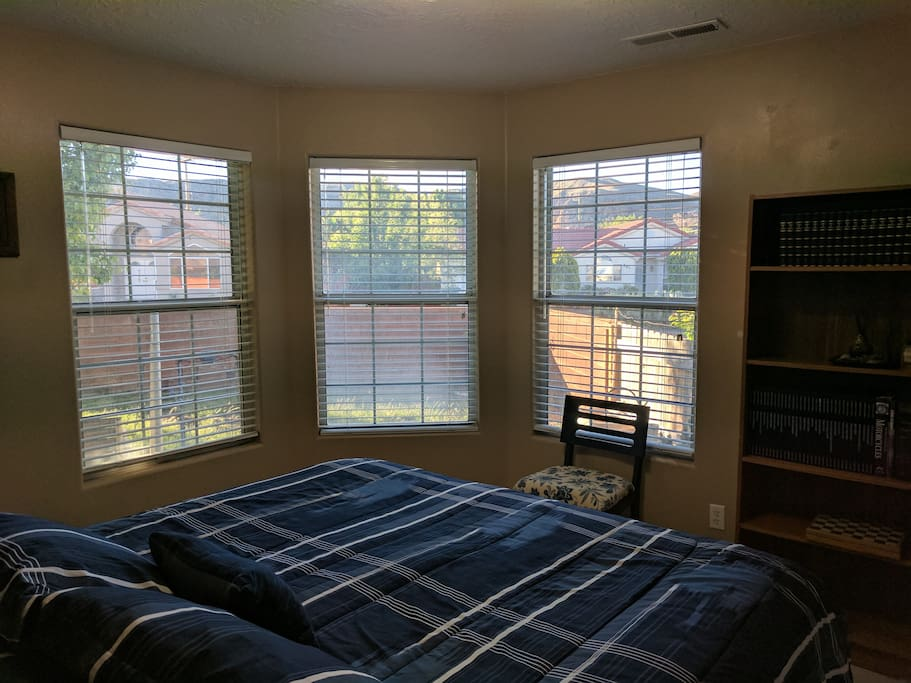 This room is ideal for those who want to sleep in.  Natural light is a bit subdued because of a lovely tree in the yard.  Ideal for a stay in the desert while visiting Zion.