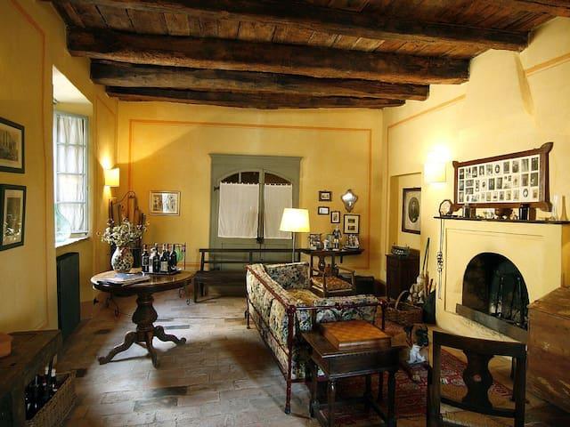 B&B Casa Visconti - colline dell'UNESCO-Monferrato - Mombaruzzo - Wikt i opierunek