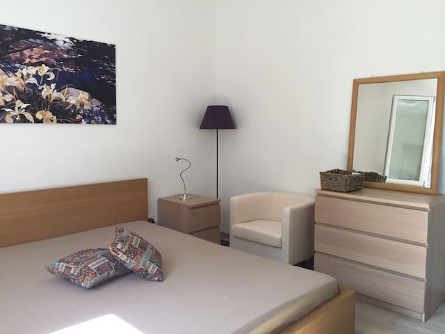 Appartamento Poesia - Marina San Gregorio - Oda + Kahvaltı