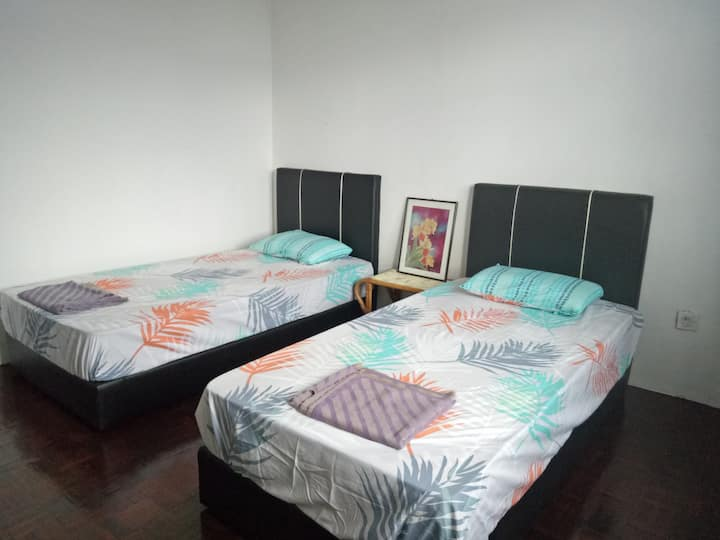Avasi Home (double bed with natural sunlight-fan)