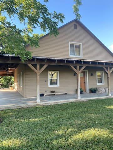 Doyle Creek Ranch Bunkhouse