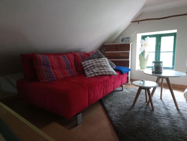 Wohnzimmer, gemütliche Ecke für Couchpotatoes...