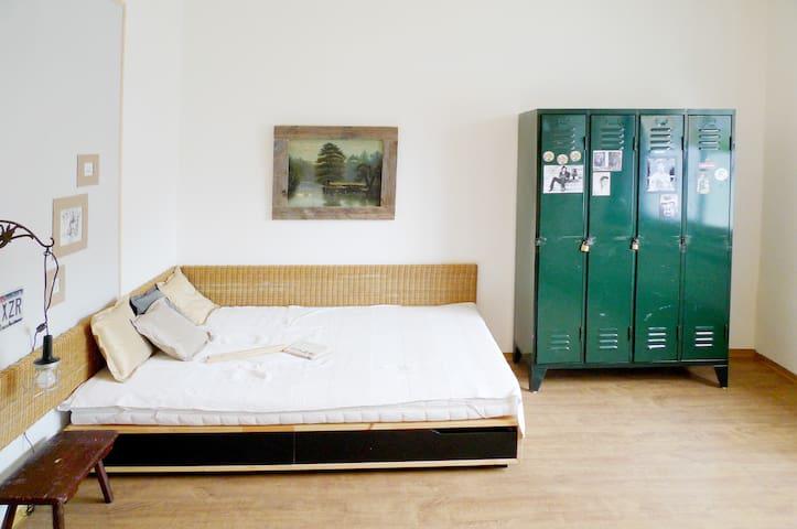 Cozy appartement - convenient loc. - Düsseldorf - Pis