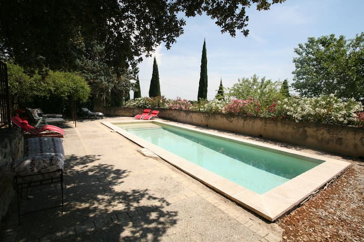 Authentic provencal farmhouse in Orange region - Lagarde-Paréol