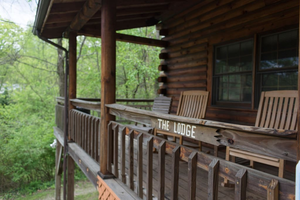 Black bear lodge 6 miles from downtown asheville cabins for Miles motors asheville nc