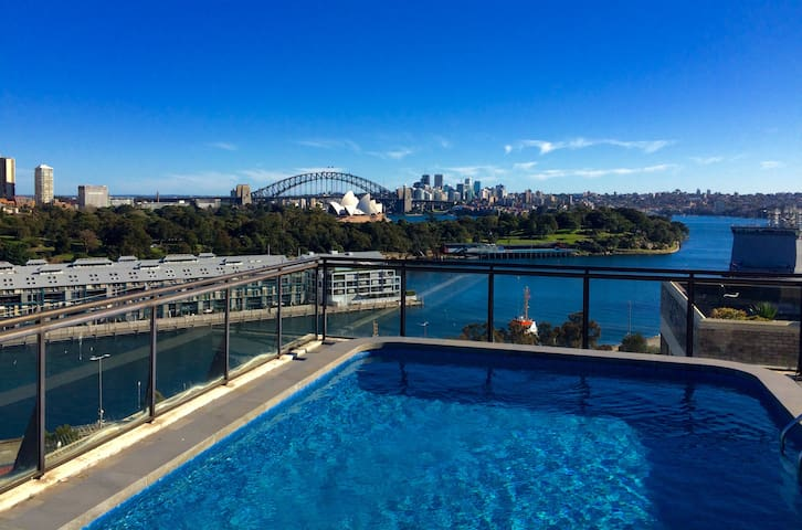 Garden studio (2+2) with roof pool & OH/B views! - Potts Point