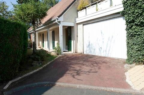家具付きスタジオGif sur Yvette, FR