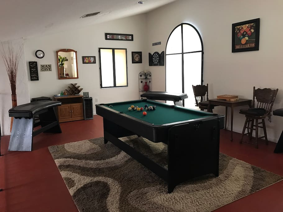 Game room off the bedroom upstairs.....nice hang out for young and old alike.