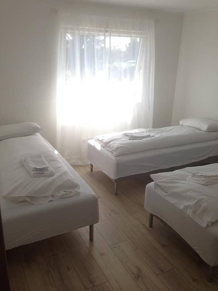 Glacier Inn - room 3