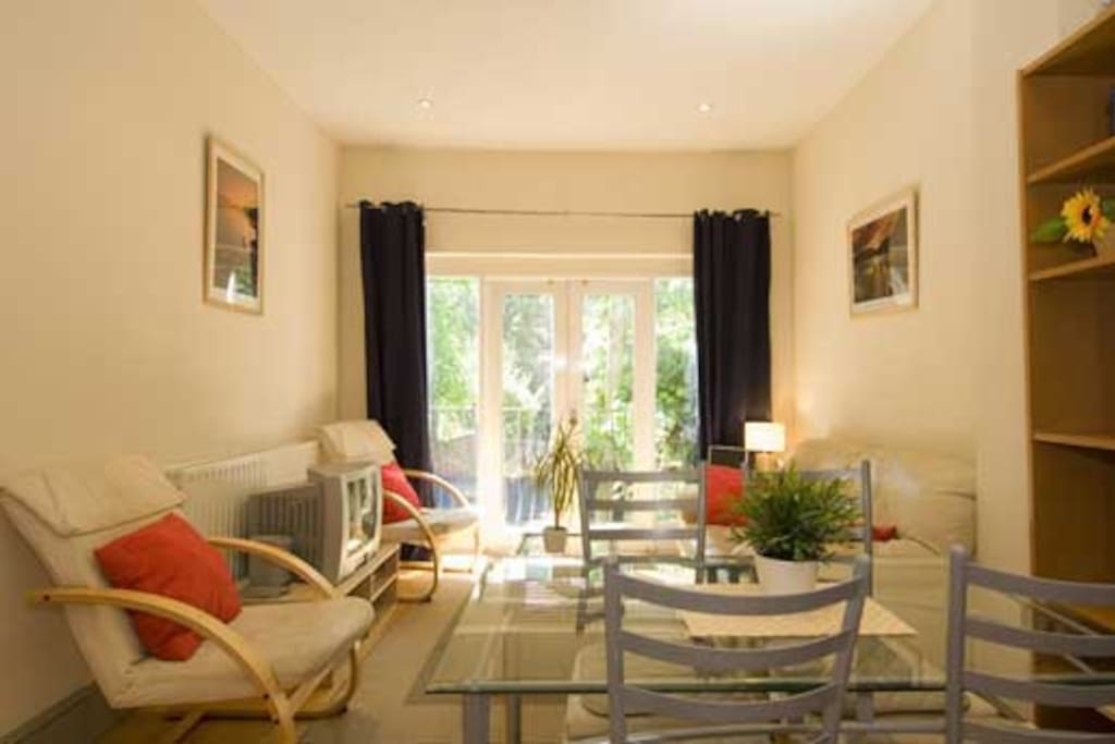 Nice 2 Bedroom Apartment Kensington Apartments For Rent In London United Kingdom