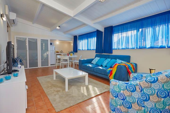 Blue&White Suite