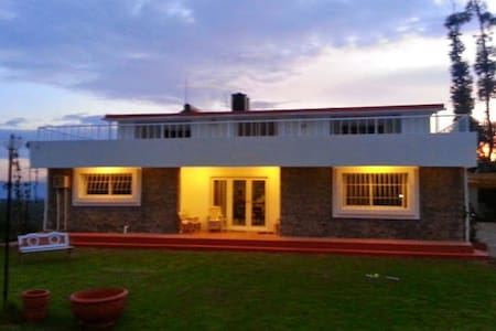 Mountain Top Holiday Homes , Ooty - Ooty