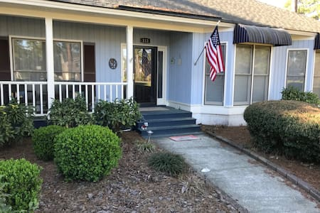 Pet-friendly, Private Golf Home near Savannah
