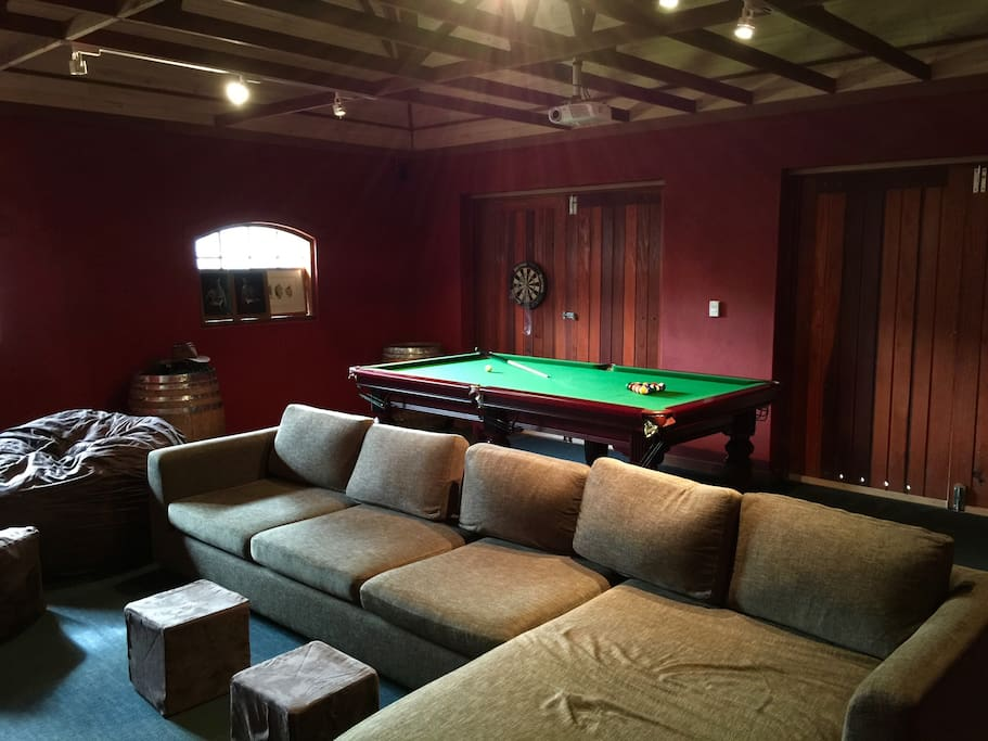 Full sized pool table