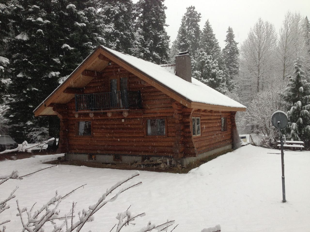 right curbed far photo to rent frames rentals vacation available cabin in frame via california an yosemite meadow for stay a best now washington cabins