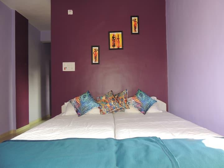 Alex Guest House Ganeshpuri SW Suite / Kitchenette