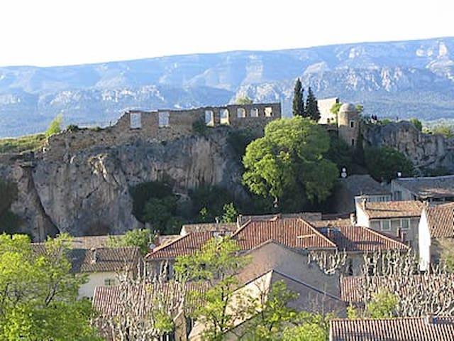 Maison de village en Provence - Alleins - Dom