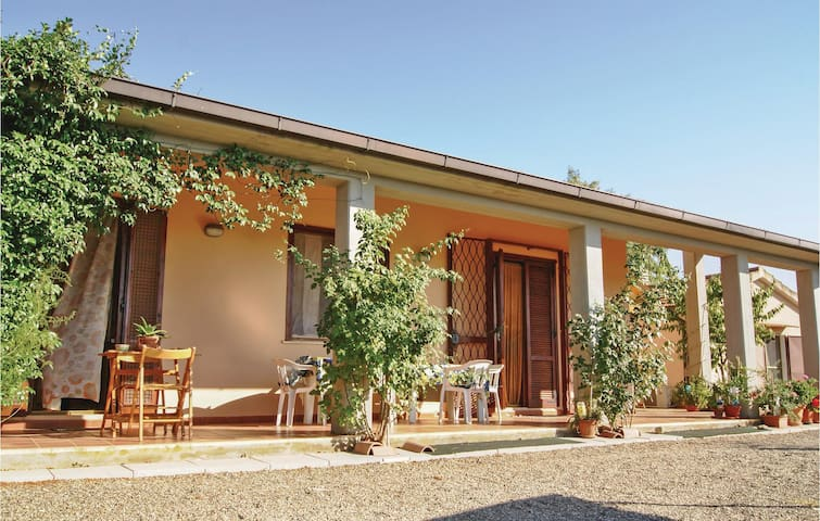 Semi-Detached with 2 bedrooms on 70m² in Gavorrano GR