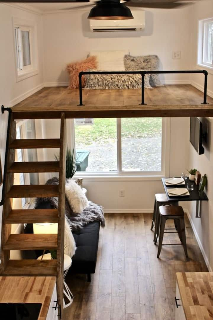 Lovely Small Studio Apartment in the City Center